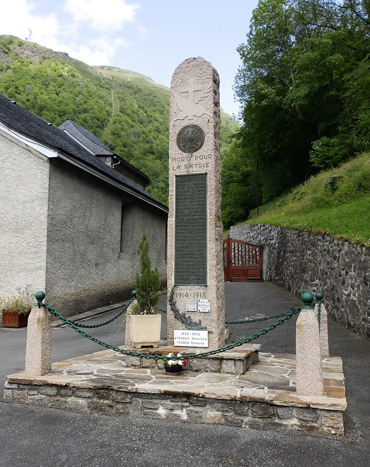 Villelongue monument aux morts